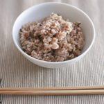 玄米や雑穀を頻繁に食べる人は高血圧のリスクが低い